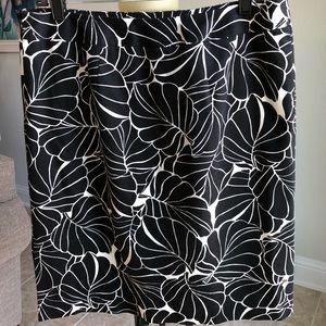Talbots Stretch Pencil Skirt Size 12 NWOT